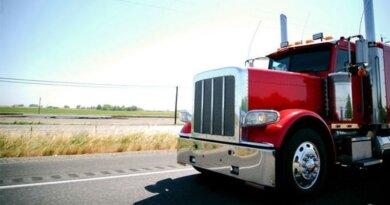 Tips for Aspiring Semi-Truck Drivers