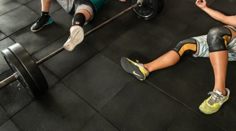 Why Choosing Proper Gym Wear For Women And Men Matters